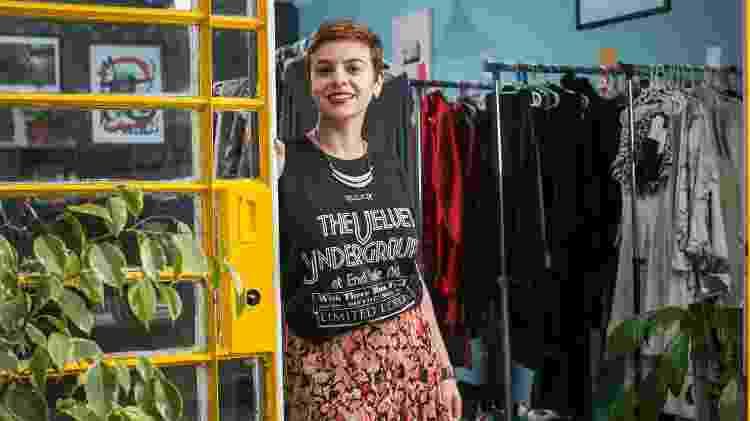 Luciana Nunes, fundadora da Lucid Bag, que trabalha com locação de roupas e acessórios - Bruno Santos/UOL - Bruno Santos/UOL