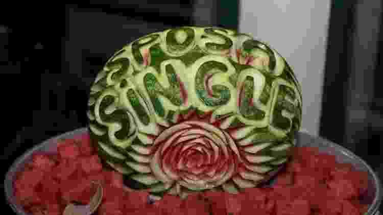 'Esposa solteira', dizia uma das decorações comestíveis no casamento de Laura Mesi - Micaela Martini - Micaela Martini