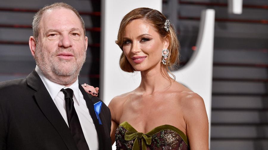 O produtor de cinema Harvey Weinstein e estilista Georgina Chapman na festa pós-Oscar 2017 da revista Vanity Fair - Pascal Le Segretain/AFP/Getty Images