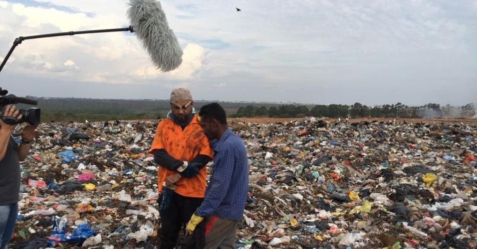 Geraldo Luís vira catador de lixo