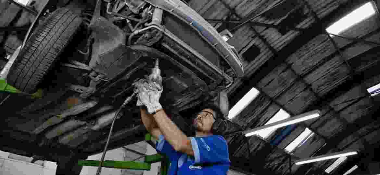 Dispositivo repassa dados do carro via bluetooth a aplicativo, que indica falhas, alertas e avisos de manutenção - Gabo Morales/Folhapress - 21-03-2012