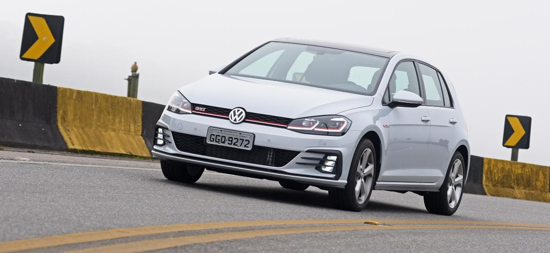 Volkswagen Golf de sétima geração chegou ao Brasil em 2013 custando R$ 67.990; hoje, versão GTI (que naquele ano valia R$ 94.900) pode custar R$ 165.890 - Murilo Góes/UOL