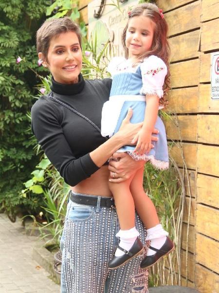 Deborah Secco e a filha Maria Flor - Daniel Pinheiro/AgNews
