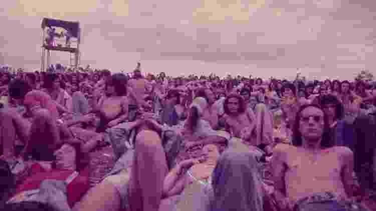 Público se reúne na primeira edição do Festival de Águas Claras - Reprodução - Reprodução