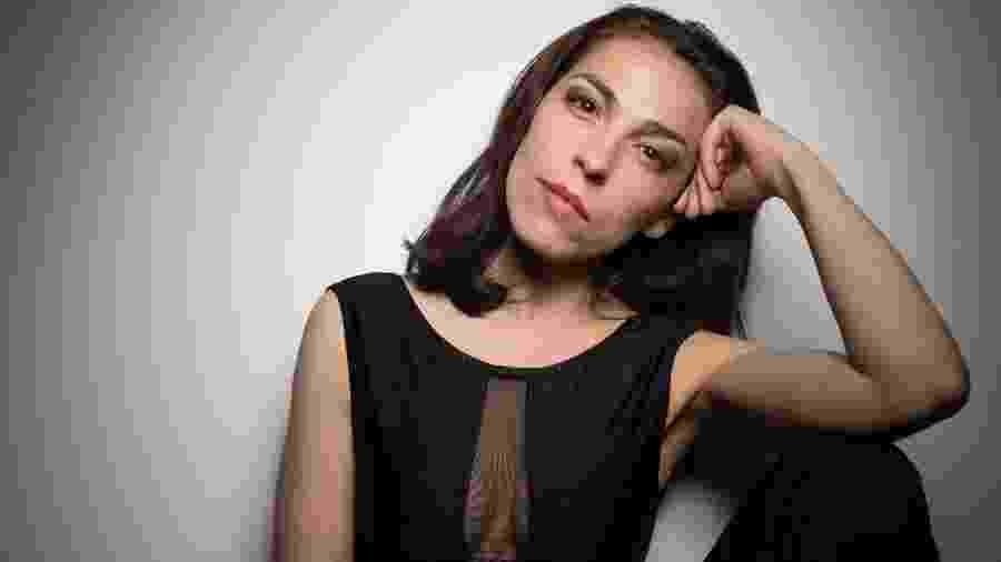 """A dançarina Andrea Raw está no clipe """"Trocando em miúdos"""" - Yoni Levy/Divulgação"""