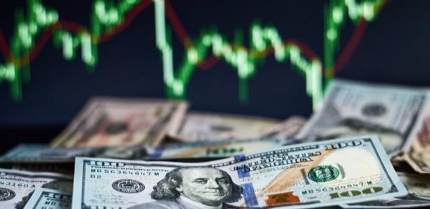 Dólar sobe a R$ 5,44; Bolsa dispara 8,76% no mês e reduz perdas no semestre – UOL