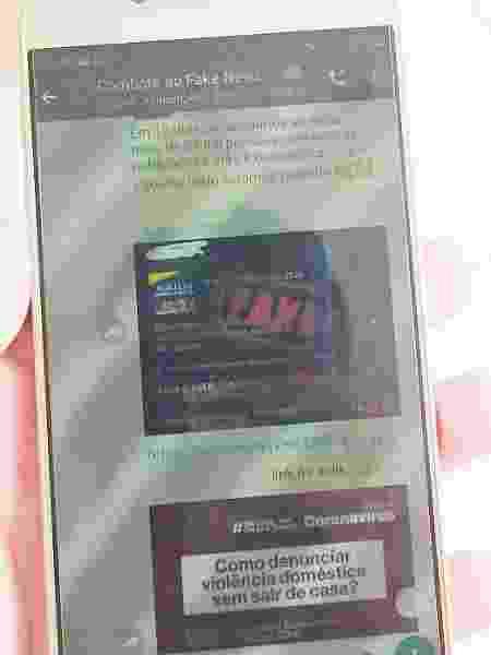 Celular mostra interações no grupo de combate às fake news criado por Charles Brasil, no Acre - Arquivo Pessoal