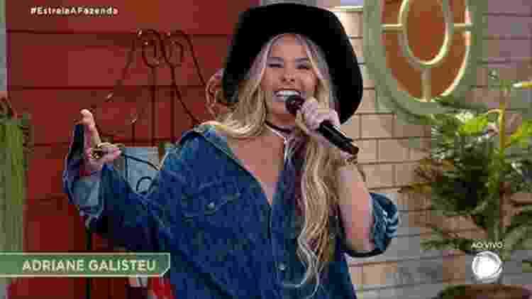 A Fazenda 2021: Adriane Galisteu na estreia do reality - Reprodução/RecordTV - Reprodução/RecordTV