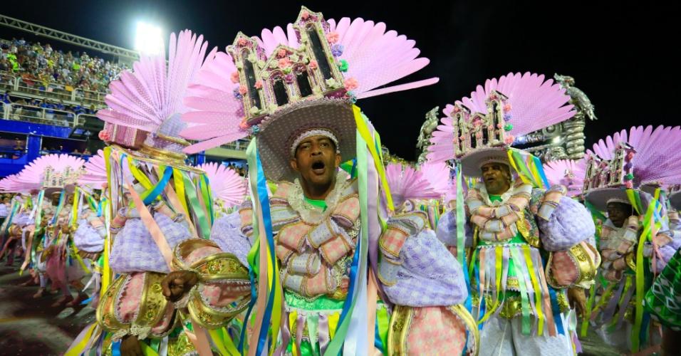 9.fev.2016 - Ala Saber Nordestino no desfile da Mangueira, que homenageou Maria Bethânia