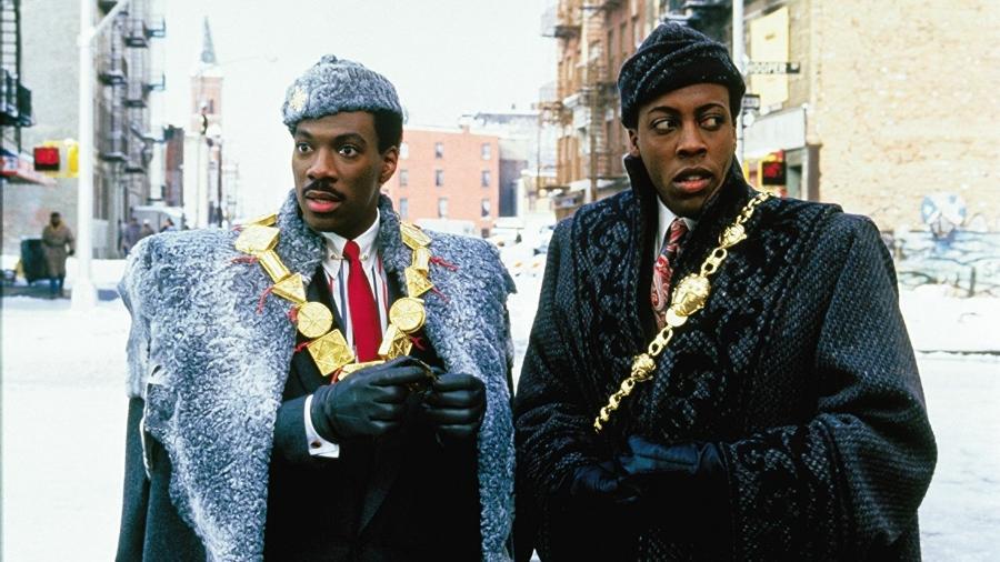 """Eddie Murphy e Arsenio Hall em cena de """"Um Príncipe em Nova York"""" (1988) - Divulgação"""