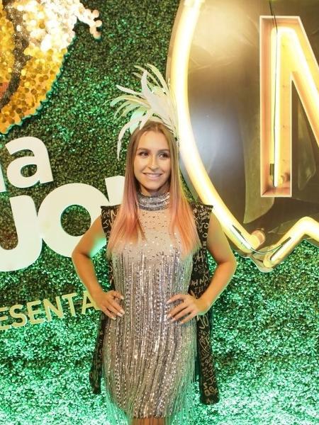 A atriz Carla Diaz posa no camarote CarnaUOL RJ/N1 - Gianne Carvalho/UOL