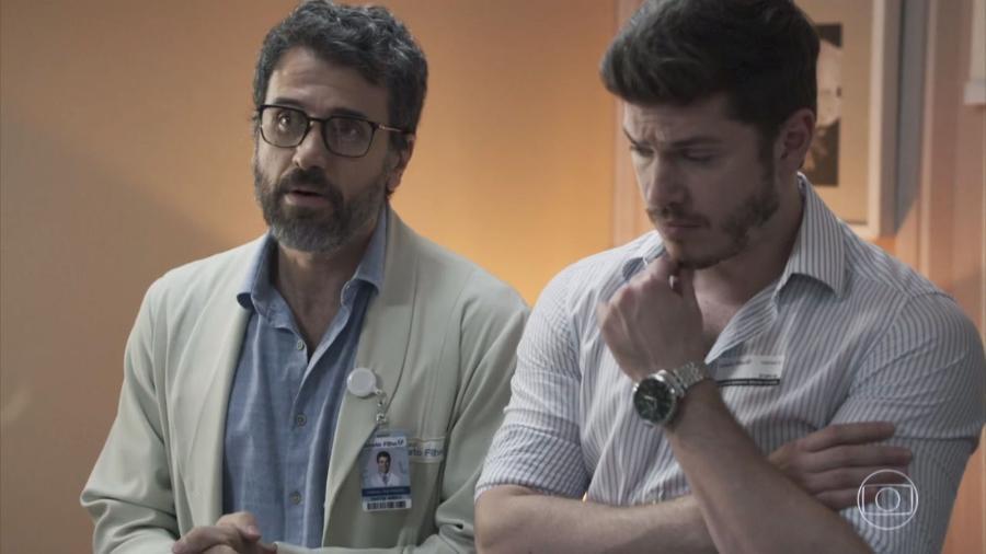 Médico e diretor de um hospital, personagem estimula prática condenada por entidades - Reprodução/TV Globo