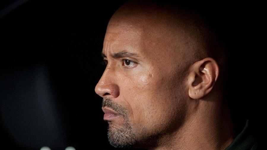 """Cena do filme """"O Acordo"""", estrelado por Dwayne Johnson, o """"The Rock"""" - Divulgação/Playarte"""