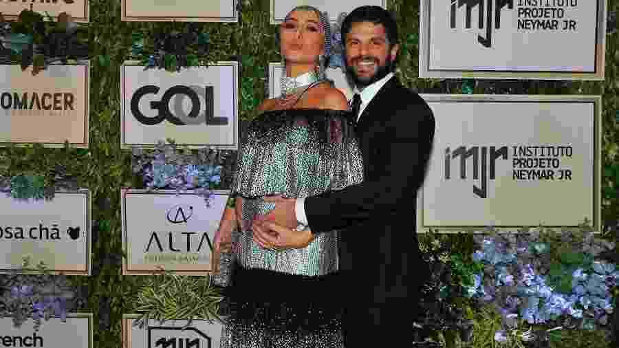 Grávida de quase seis meses, Sabrina Sato foi ao evento, nesta quinta-feira (19), acompanhada do noivo Duda Nagle - Imagem/Brazil News