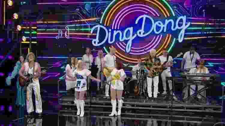 """O Tributo ABBA cantou sucessos do grupo sueco no """"Domingão do Faustão"""" como """"Mamma Mia"""" e """"Dancing Queen"""" - Reprodução/TV Globo - Reprodução/TV Globo"""