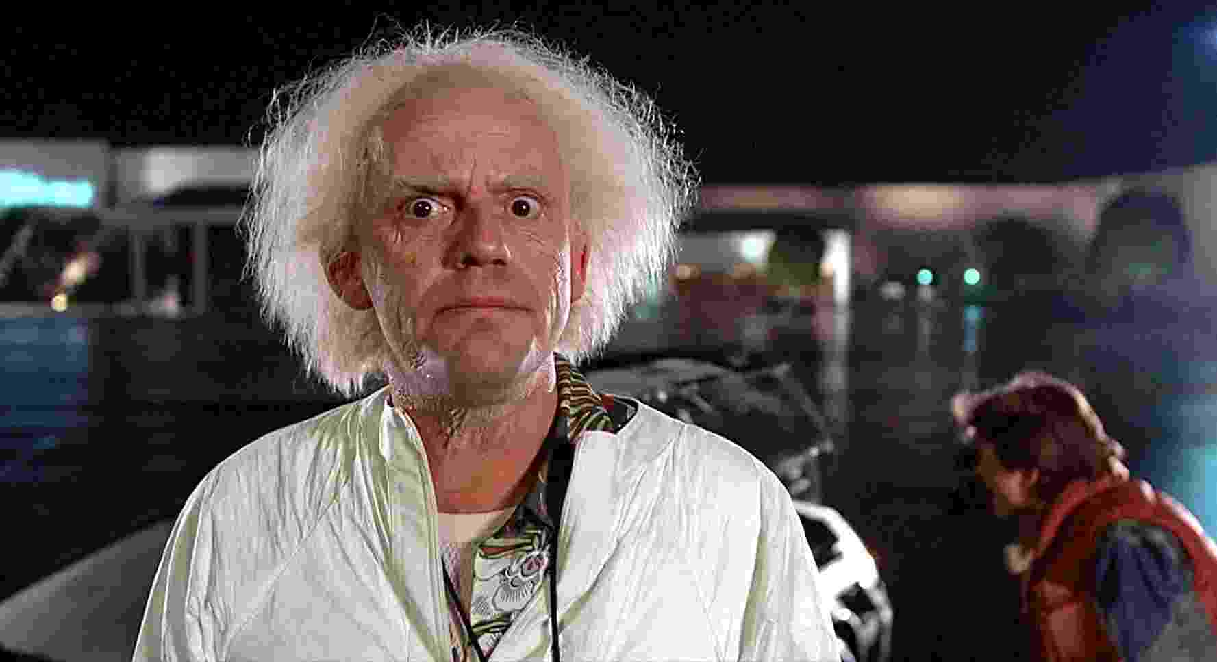 """Michael J. Fox e Christopher Lloyd em """"De Volta Para o Futuro"""" (1985) - Divulgação"""