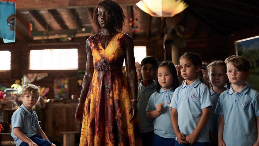 """Lupita Nyong""""o em cena de """"Little Monsters"""" - Divulgação/Sundance Institute"""