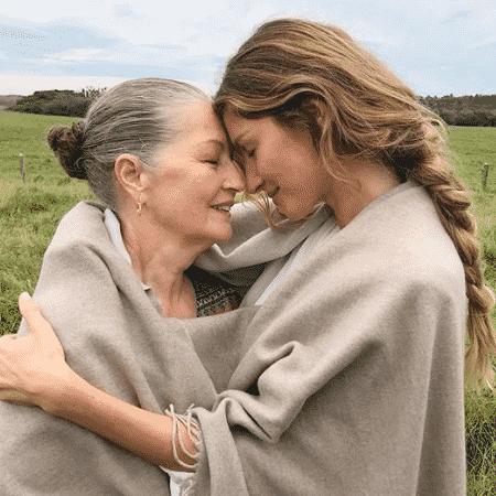Gisele Bündchen com a mãe, Vania Nonnenmacher - Reprodução/Instagram