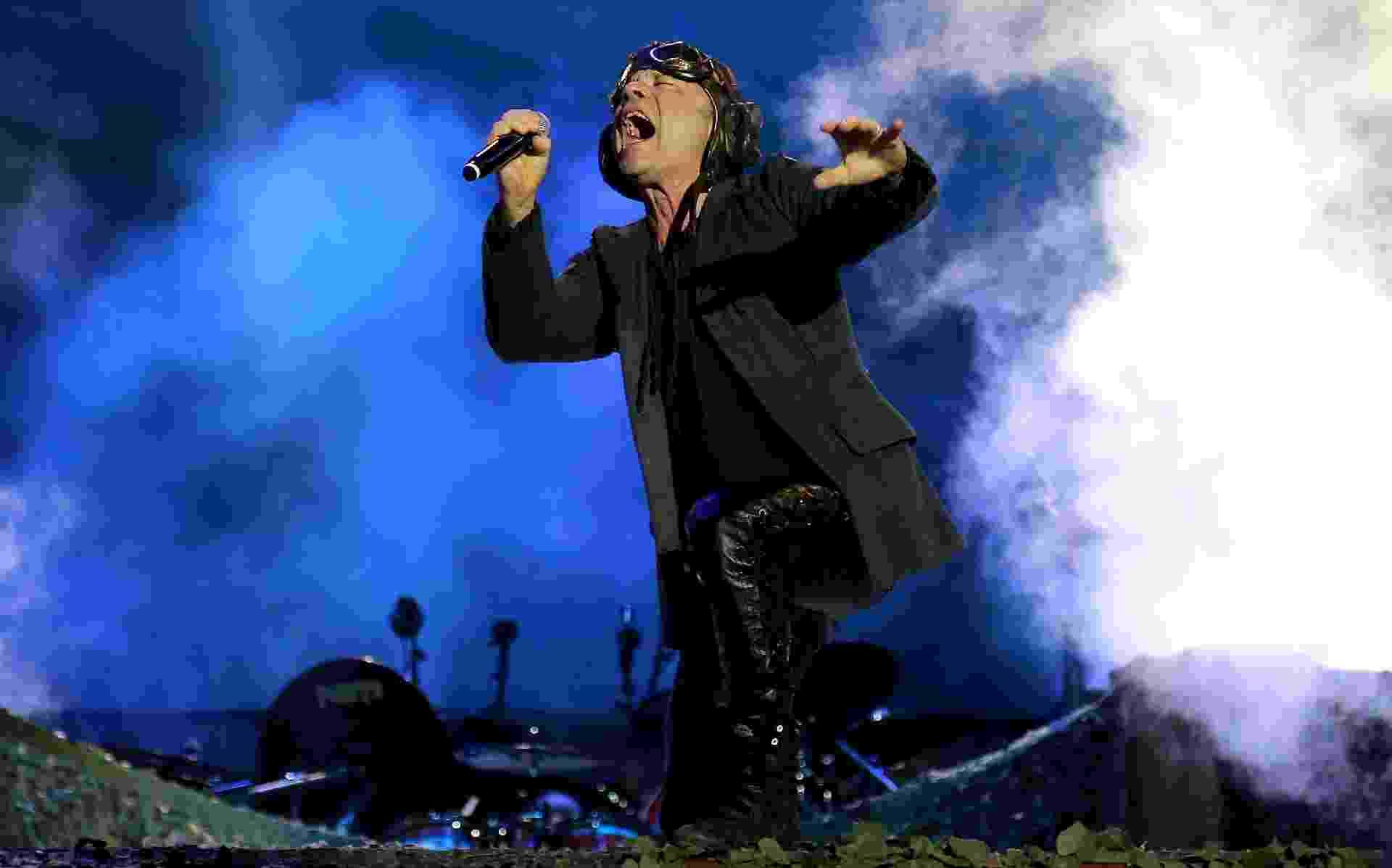 Bruce Dickinson durante apresentação do Iron Maiden no quinto dia do Rock in Rio - Wilton Júnior/Estadão Conteúdo