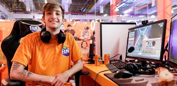Brasil Game Show | Quer virar streamer? Calango dá dicas sobre a profissão