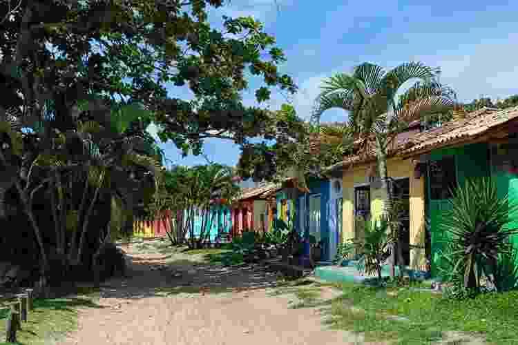Belas casinhas escondem problemas graves com saneamento básico em Caraíva - Getty Images - Getty Images