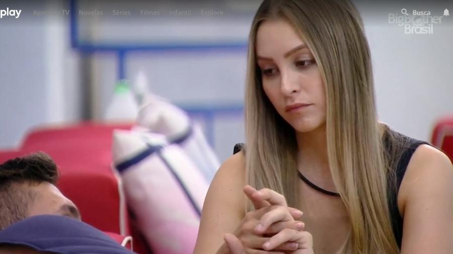 BBB 21: Carla conversa com Arthur - Reprodução/ Globoplay