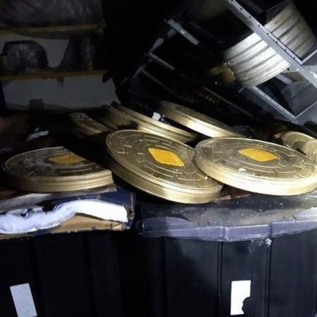 Rolos de filmes registrados por bombeiros que foram apagar incêndio da Cinemateca, quinto sofrido pela instituição - Corpo de Bombeiros PMESP/BBC News Brasil