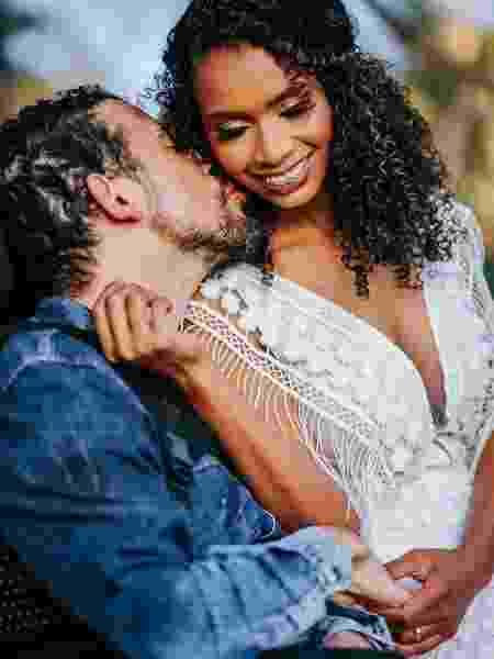 Elas viraram cuidadoras dos maridos após acidente. Na foto, o casal Ana e Junior  - Reprodução/Instagram @anaejunior1 - Reprodução/Instagram @anaejunior1