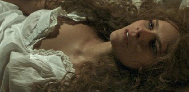 """Isabella Santoni como a jovem Isabel na minissérie """"Ligações Perigosas"""" - Reprodução/Globo"""