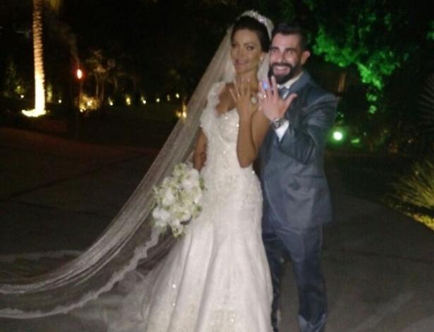 21.nov.2016 - Casamento de Laura Keller e Jorge Sousa, numa casa de festas no Rio