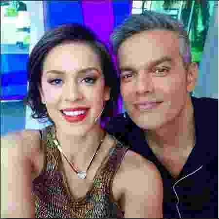 Otaviano faz selfie com Sophia Abrahão - reprodução/instagram/otacosta