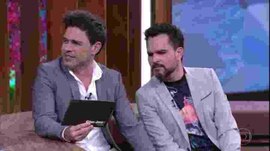 """Zezé Di Camargo e Luciano revelam detalhes picantes no """"Conversa com Bial"""" - Reprodução/Globo"""