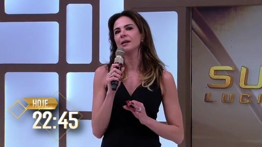 """Luciana Gimenez parabenizou Jair Bolsonaro em """"Superpop"""" gravado antes de eleição presidencial - Reprodução/RedeTV!"""
