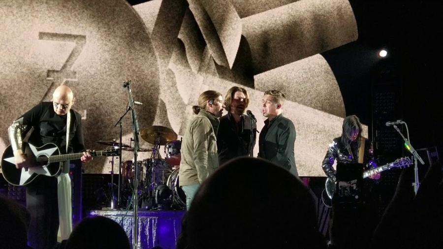 Smashing Pumpkins de Billy Corgan e Hanson dividiram o palco em Tulsa - Reprodução
