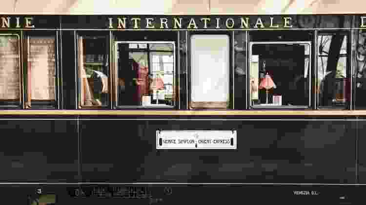 Detalhe da parte externa do trem Venice Simplon-Orient-Express - Divulgação/Belmond