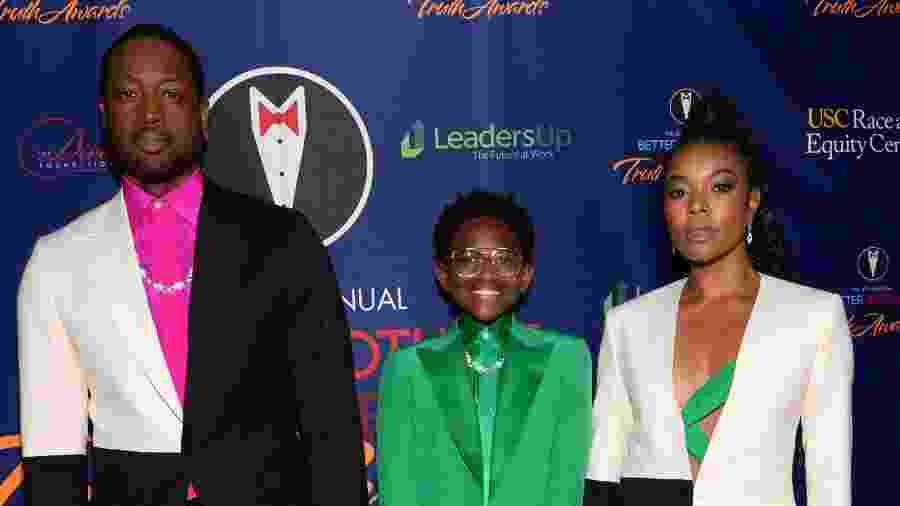 Dwyane Wade com a filha, Zaya, e Gabrielle Union em evento em Los Angeles - Andrew Toth/Getty Images