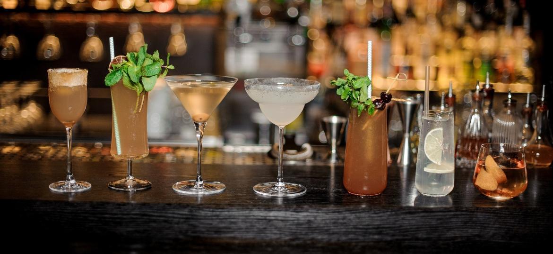 Quer fazer bonito no home-bar? Conheça os copos e taças mais comuns para embelezar - e melhorar - seus coquetéis - Getty Images