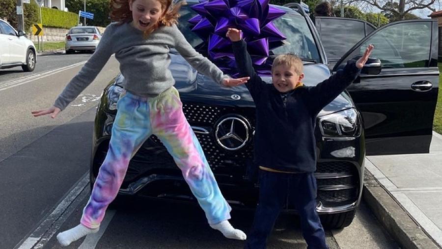 Australiana de 9 anos compra Mercedes - Reprodução