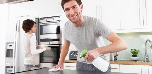 Simples truques de limpeza e organização ajudam a deixar a cozinha limpa e cheirosa - Getty Images