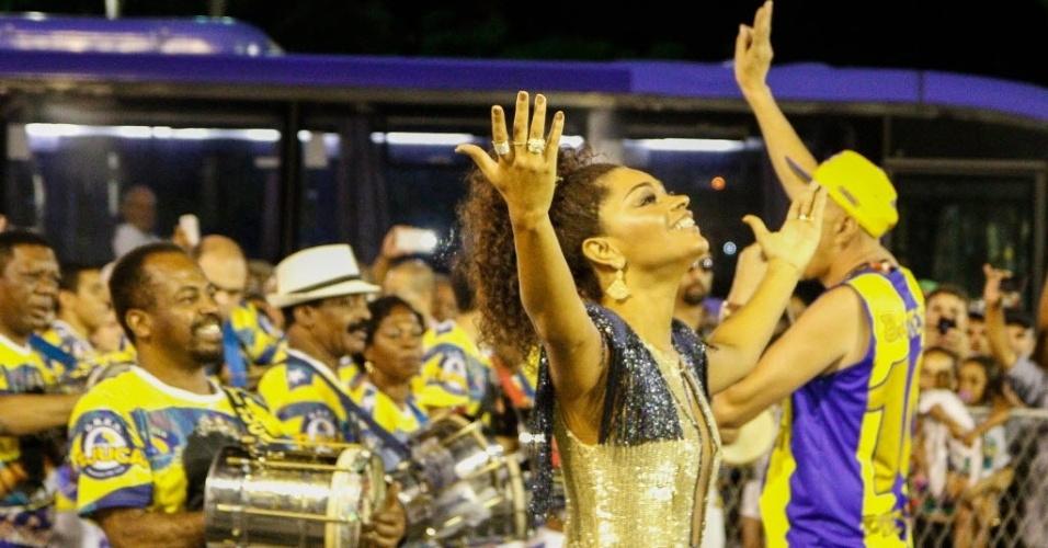 Juliana Alves, rainha de bateria da Unidos da Tijuca, em ensaio técnico do Carnaval de 2016