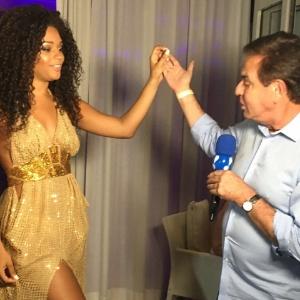 Amaury Junior entrevista Juliana Alves em Curaçao - Divulgação