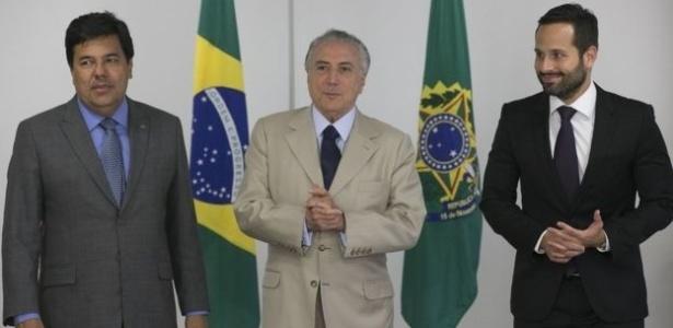 """Marcelo Calero (à dir.) acusou Temer de tê-lo """"enquadrado"""" no caso Geddel"""