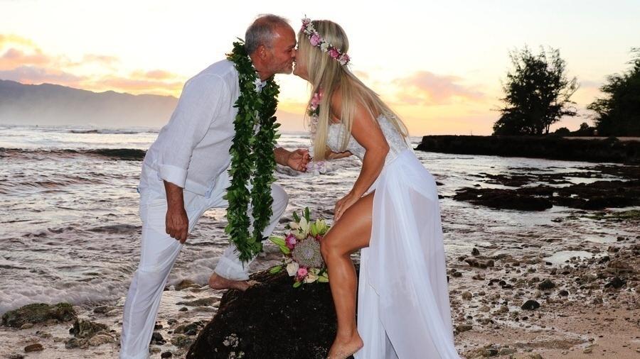 Kadu Moliterno e Cristianne Rodriguez se casam no Havaí  - Divulgação/MF Assessoria