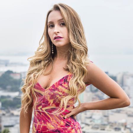 """Carine (Carla Diaz) em """"A Força do Querer"""" - Mauricio Fidalgo/TV Globo"""