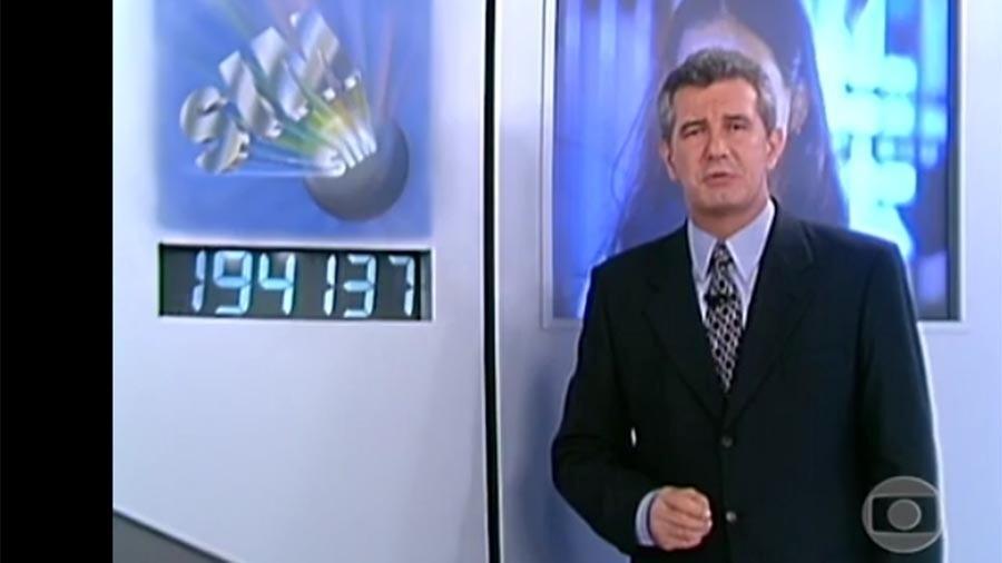 """Celso Freitas apresentou o """"Você Decide"""" no final da década de 90. O jornalista, que já comandou o """"Jornal Nacional"""" e """"Globo Repórter"""", está desde 2004 na Record"""