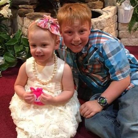 Aubrey e o irmão Gabriel - Reprodução/Facebook