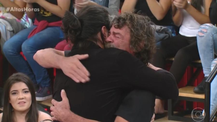 """Waldir de Melo Cruz, conhecido como Seu Madruga do """"Altas Horas"""", ganhou uma homenagem no programa de sábado (24)  - Reprodução/Globo"""