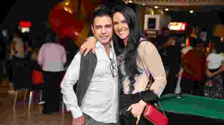 Zezé Di Camargo com a namorada, Graciele Lacerda, no aniversário do neto - Manuela Scarpa e Marcos Ribas/Brazil News