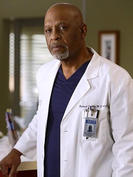 """James Pickens Jr. como o doutor Richard Webber em Grey""""s Anatomy - Divulgação"""