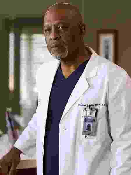James Pickens Jr. como o doutor Richard Webber em Grey's Anatomy - Divulgação - Divulgação
